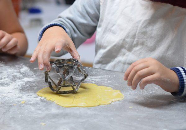 פעילות לחופש: אפייה עם ילדים