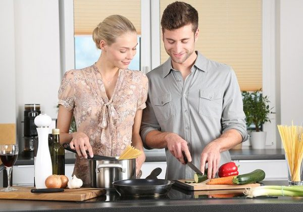 איך ללמוד בישול בזום בכמה צעדים פשוטים? מדריך מיוחד!